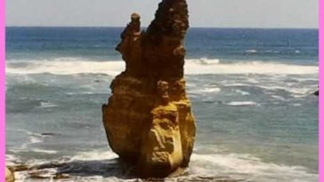 Historic rescue technique: 9:30 mark shows a woman being rescued from the ocean at Port Campbell, Australia in 1966